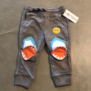 Cat & jack shark pants